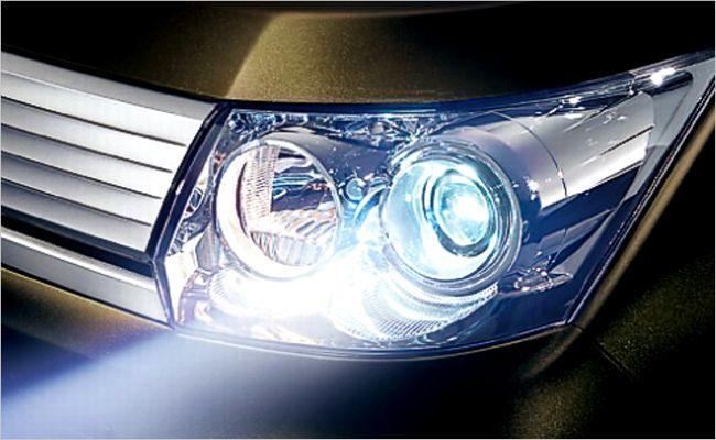 ディスチャージヘッドランプ交換費用!LEDに変えるほうがお得?